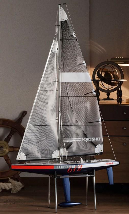 barca-a-vela-radiocomandata-fortune-612-iii-1