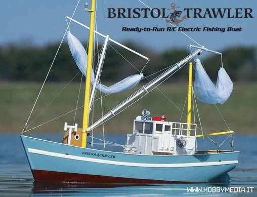 safalero-barca-da-pesca-radiocomandata