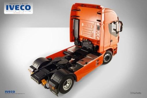 modello-statico-costruisci-il-camion-iveco-stralis-2