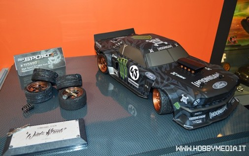 hpi-racing-hoonicorn-ford-mustang