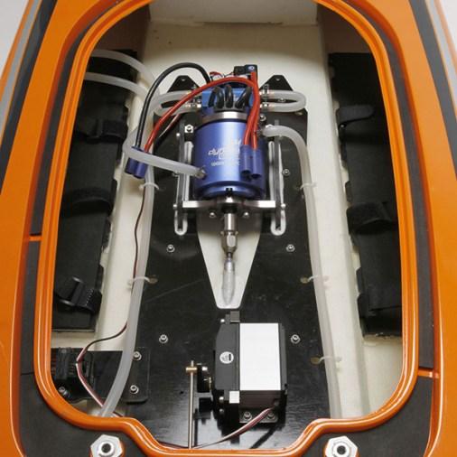 pro-boat-zelos-48-5