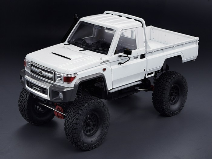 toyota-land-cruiser-70-killerbody-rc-2