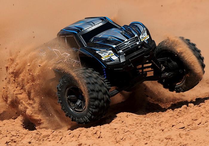 X-Maxx-8S monster truck traxxas