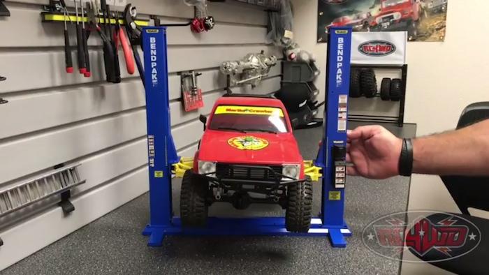 Ponte sollevatore BendPak XPR 9S per automodelli 1:10 della RC4WD