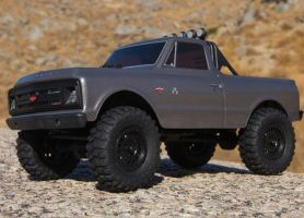 Axial: SCX24 Chevrolet C10 1967 RTR