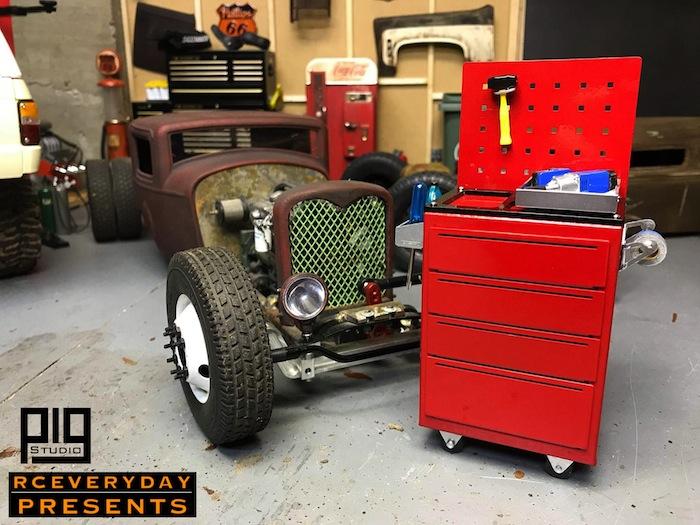 Pig Studio: F69 1/10 Scale aluminum Garage Toolbox