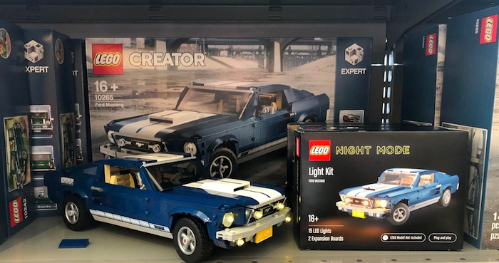 LEGO: NIGHT MODE Light kit boxes at the LEGO World 2020!
