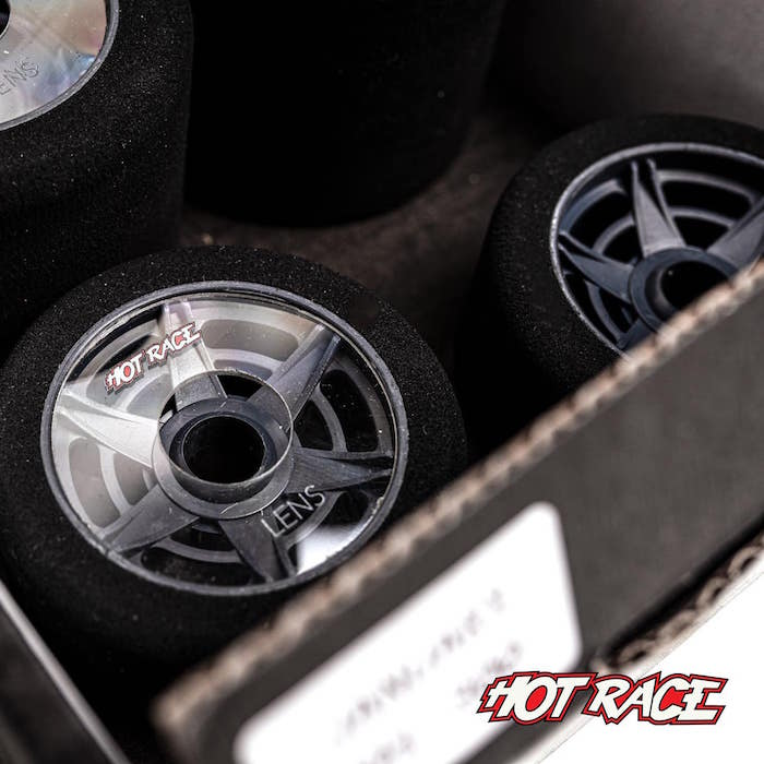 HotRace 1 8 onroad Lens tires dettaglio