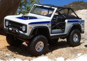 AXIAL: ST28 Razor FR / Paddle RR Tire Set