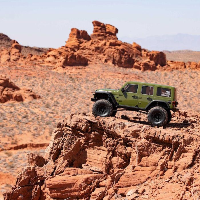 Axial: SCX6 Jeep JLU Wrangler – Big Scale Rock Crawler!