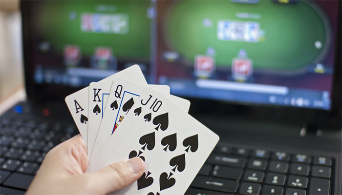 Kemudahan Betting Poker Online