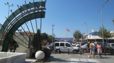 The port town of Kusadasi, full of vendors
