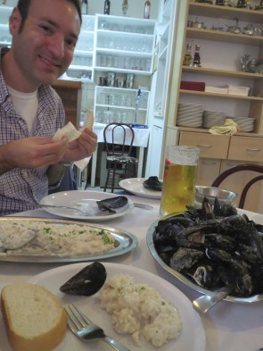 Mmmm, mussels and risotto and Dubrovnik beer