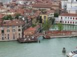One of the many many bridges in Venezia