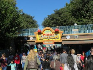 Toontown is also insanely crowded