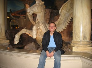 Me at one of the Forum Shops fountains