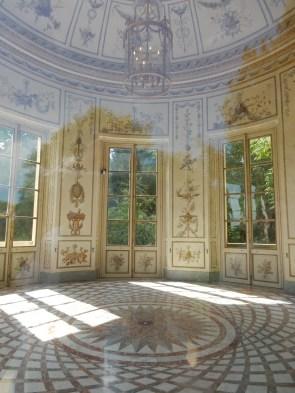 Looking inside the Belvedere