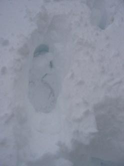 13-061026-13-deep-footprints
