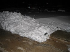 You can see the pile of snow and the snow drift in front