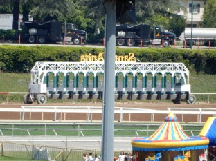 The moveable starting gate