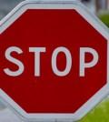 panneau stop code de la route