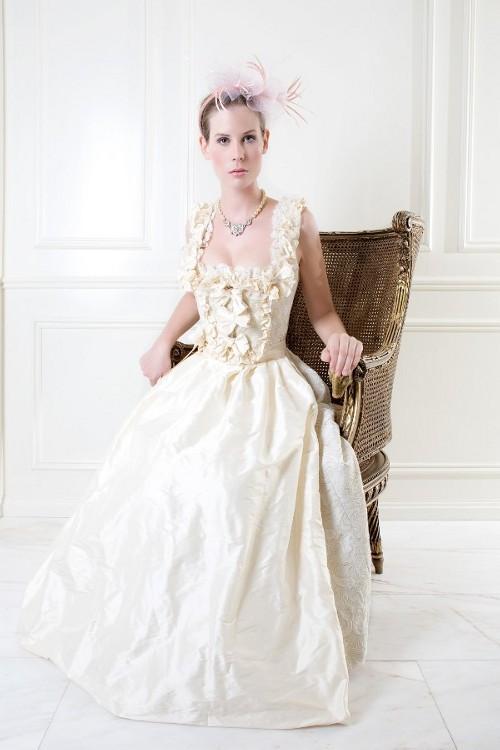 Hochzeitskleid Foto Hochzeitsdirndl
