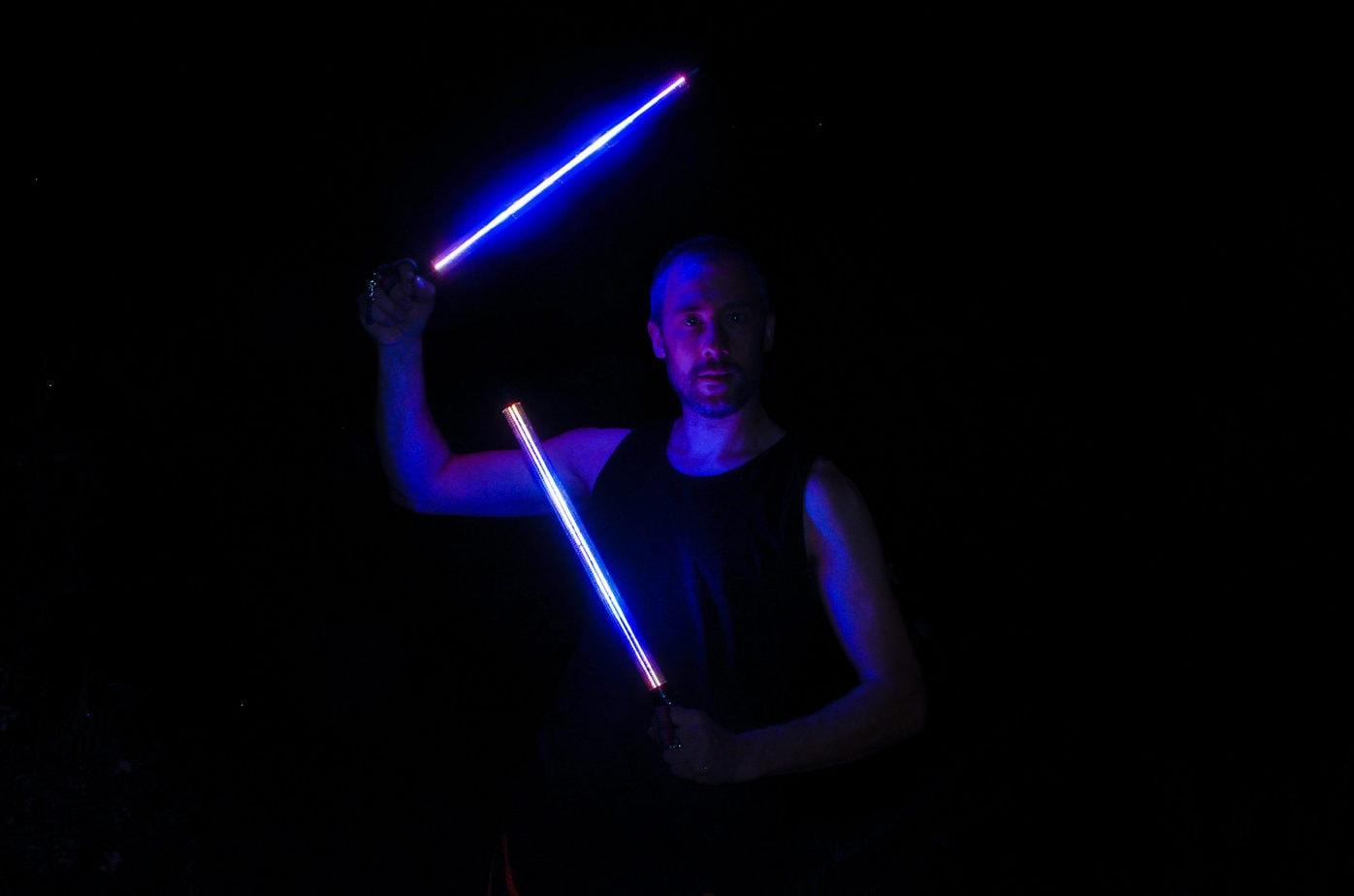 Blaue Lichtschwerter