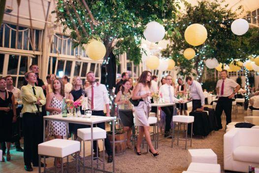 Urban Vienna Wedding | www.hochzeitshummel.at | photo: Peaches & Mint