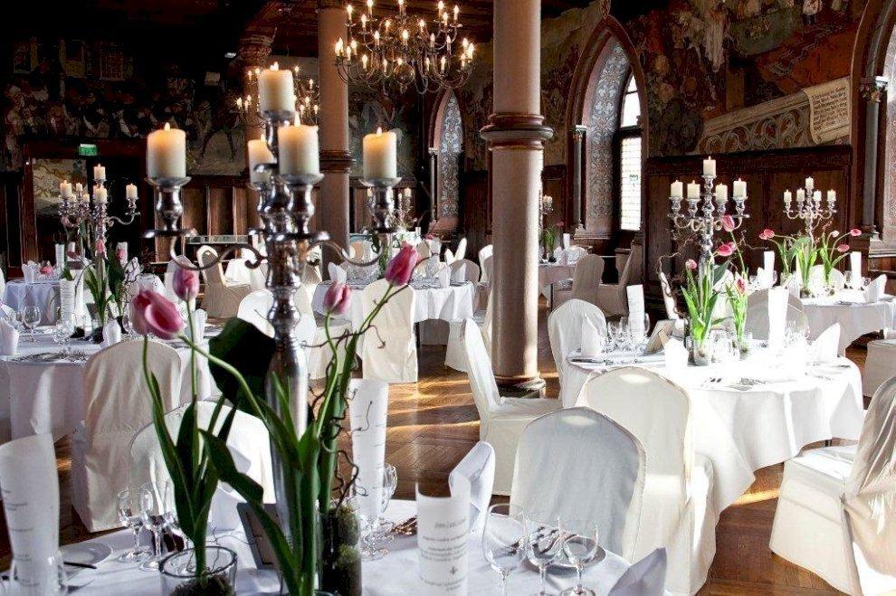 Schloss Burg Heiraten Im Historischen Ambiente