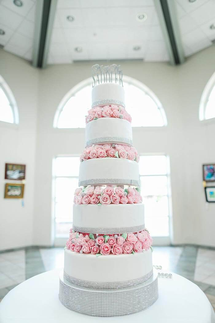Four Tier Wedding Cake High Resolution Stock Photography And