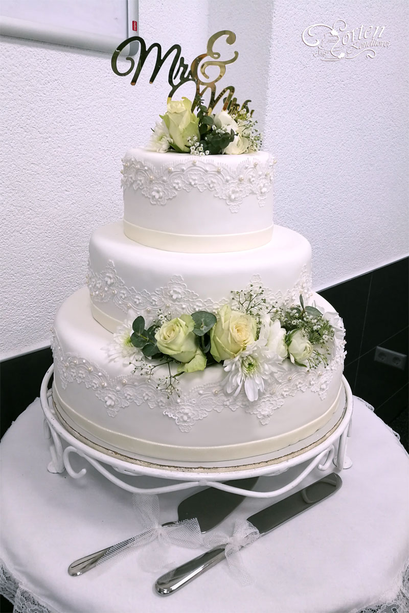 Wedding Cakes And Masterpieces Neuer Am See Hotel Neuer Am See