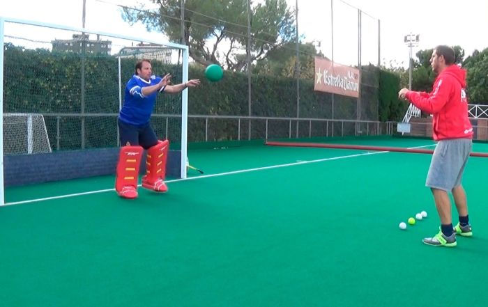fieldhockey goalkeeper