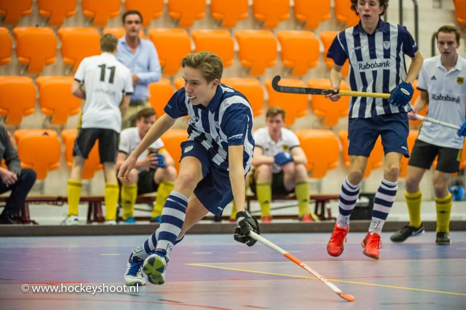 hdm JA1 - Victoria JA1 zaalhockey Play-offs in Topsportcentrum Rotterdam zaterdag 21 januari 2017 www.hockeyshoot.nl