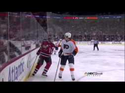 HIT – Volchenkov and Simmonds Smash into Each Other – 3-13-2013