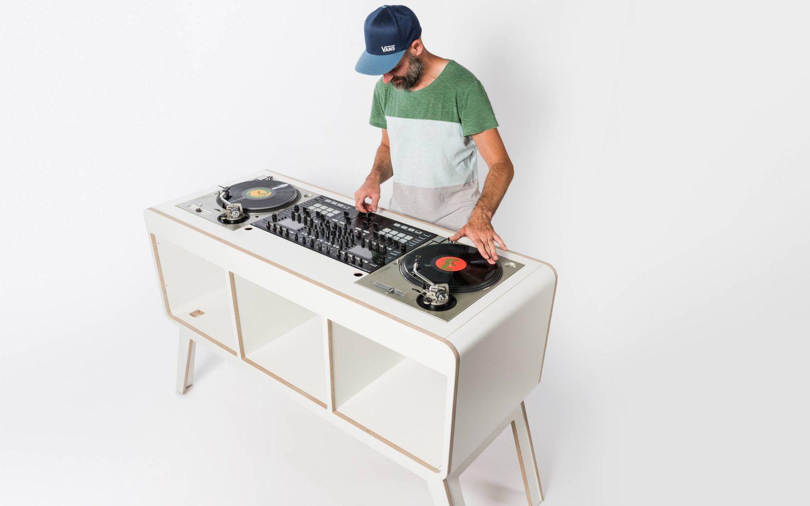 hoerboard pro audio dj furniture