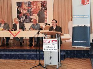 Begründung unserer Anträge beim Unterbezirksparteitag der SPD Bremerhaven (Foto: Holger Welt)