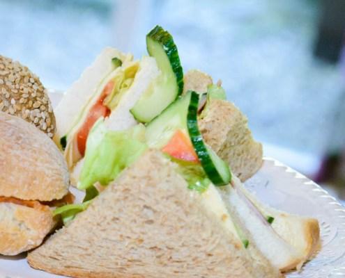 de-hoestinkhof-engels-theehuis-high-tea-sandwiches-markelo-MVDK_20150630_0083