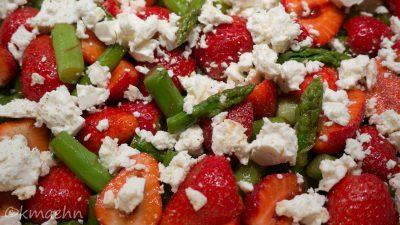 Gruenspargel-Erdbeer-Salat_1