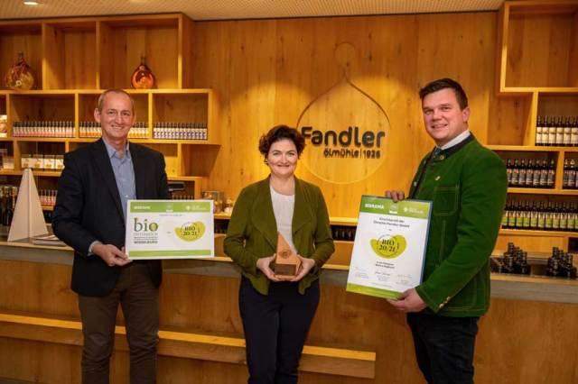 v.l.n.r.  Julia Fandler (Geschäftsführerin Ölmühle Fandler), Werner Roher (Geschäftsführer Messe Wieselburg), Thomas Gschier (Obmann Bio Ernte Steiermark)