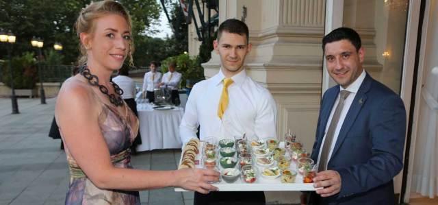 Gastronomie Trabitsch-Catering  Freuen sich über die Auszeichnung für ihr Cateringunternehmen: Iris Trabitsch-Bader und Thomes Zizek (r.)