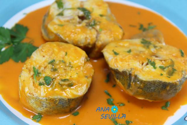 merluza-en-salsa-de-piquillos