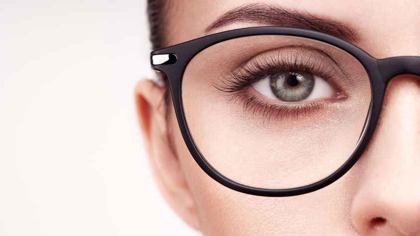 eye makeup if you wear glasses