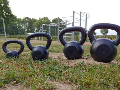 Hoisten Fitness Parcours Kettlebells