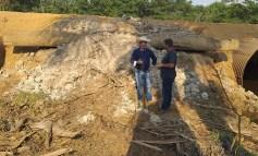 DER atende reivindicação do deputado Luizinho Goebel e substitui ponte de madeira por Tubos Armcos sobre o Rio Santa Cruz em Cerejeiras