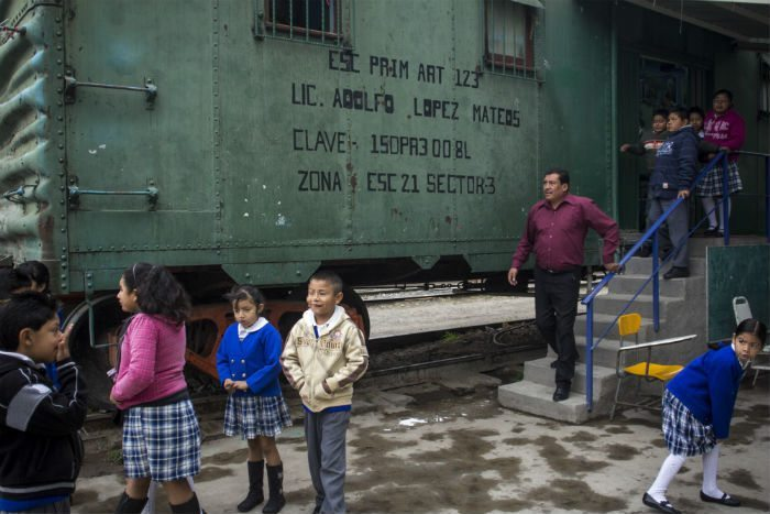 Escuela_Vagon_Adolfo_Lopez_Mateos