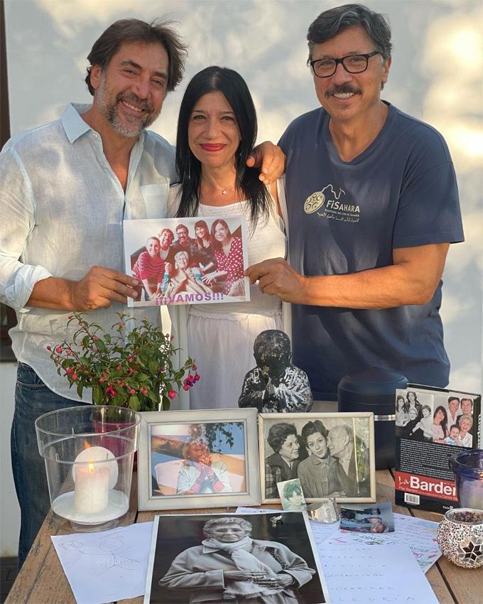 Carlos, Mónica y Javier Bardem se despiden de su madre con sus recuerdos  más valiosos - Foto 1