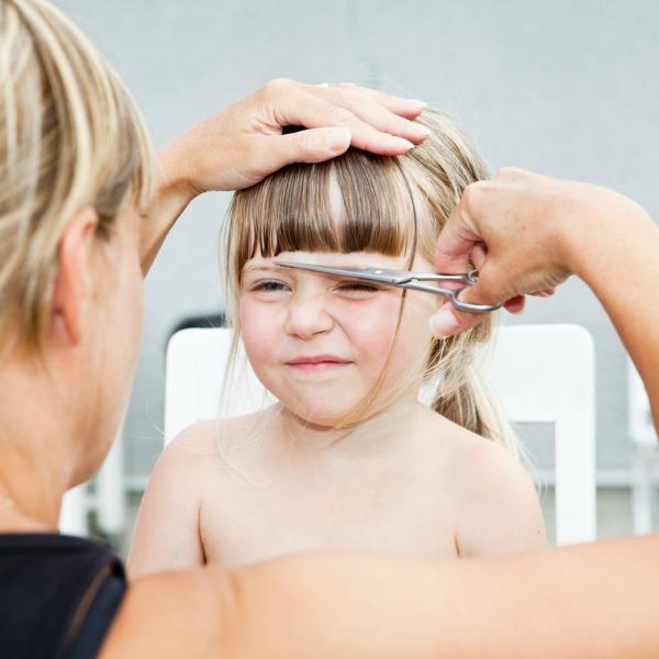 Resultado de imagen de tirón de pelo niña