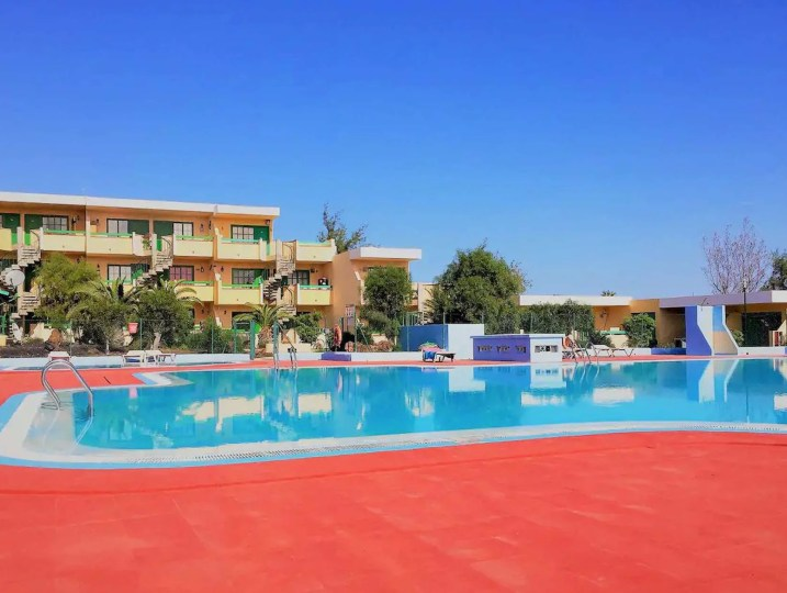 bouganville-piscine-holafuerteventura