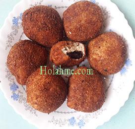 deep-fried-cardamon-oreos-300x239 CARDAMON DEEP FRIED OREO BALLS