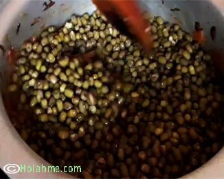 Maziwa-mala-ndengu BUTTERMILK/MAZIWA MALA NDENGU CURRY (GREEN GRAMS CURRY)
